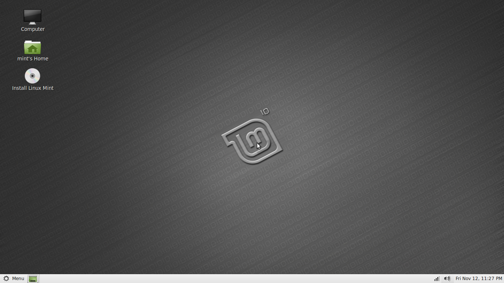 Linux Mint 10 (Julia) with GNOME.png